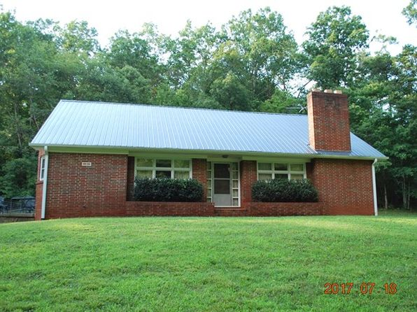 5 bed 2 bath Single Family at 95 Old Burton Dr Marion, NC, 28752 is for sale at 190k - 1 of 39