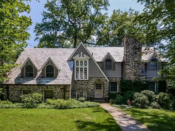4 bed 4 bath Single Family at 2 Woods Ln Scarsdale, NY, 10583 is for sale at 1.85m - 1 of 26