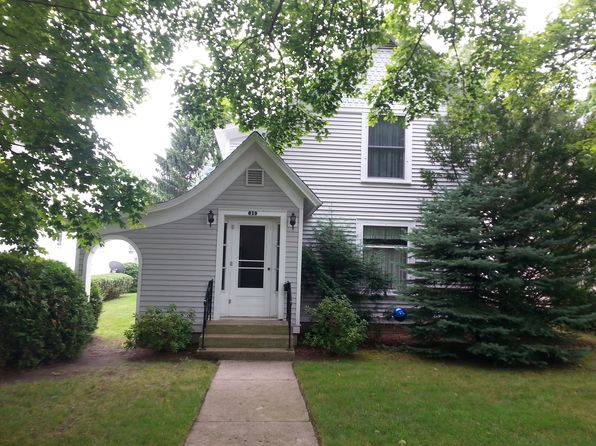 3 bed 2 bath Single Family at 619 W 7th St Traverse City, MI, 49684 is for sale at 309k - 1 of 13