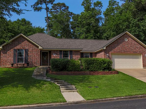 3 bed 2 bath Single Family at 231 BROOKHOLLOW DR HUNTSVILLE, TX, 77340 is for sale at 209k - 1 of 21