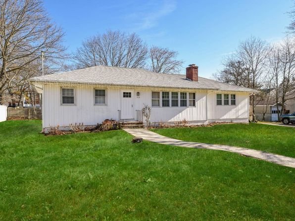 4 bed 2 bath Single Family at 185 N 28TH ST WYANDANCH, NY, 11798 is for sale at 265k - 1 of 17