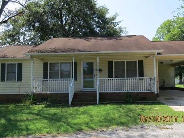 3 bed 2 bath Single Family at 103 Calhoun St Clover, SC, 29710 is for sale at 80k - 1 of 24