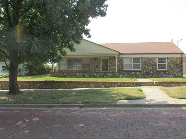 5 bed 2 bath Single Family at 311 S 2nd St Arkansas City, KS, 67005 is for sale at 135k - 1 of 22