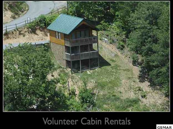 1 bed 2 bath Single Family at 2633 RACCOON HOLLOW WAY SEVIERVILLE, TN, 37862 is for sale at 159k - 1 of 10