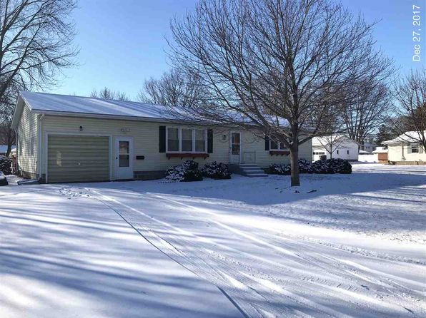 2 bed 2 bath Single Family at 532 E Locust St Geneseo, IL, 61254 is for sale at 125k - 1 of 4