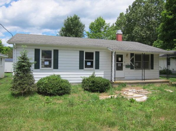 3 bed 1 bath Single Family at 434 Oak St White Sulphur Springs, WV, 24986 is for sale at 23k - 1 of 16
