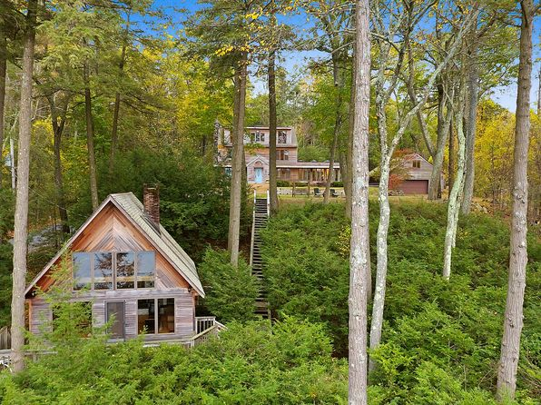 5 bed 4 bath Single Family at 55 Lakefront Rd Putnam Valley, NY, 10579 is for sale at 799k - 1 of 26