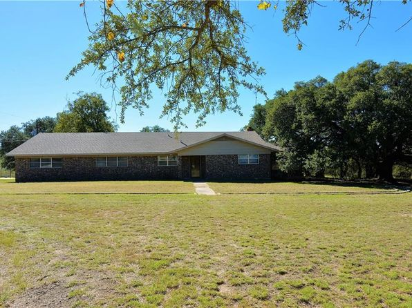 4 bed 3 bath Single Family at 310 N Sh Goldthwaite, TX, 76844 is for sale at 200k - 1 of 12