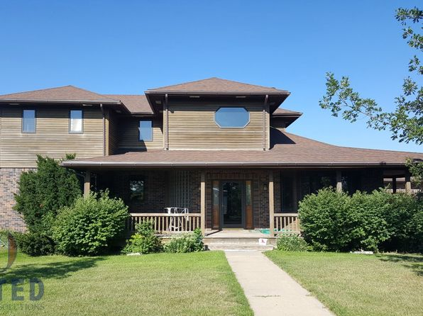 4 bed 4 bath Single Family at 567 Sunrise Dr South Sioux City, NE, 68776 is for sale at 399k - 1 of 15