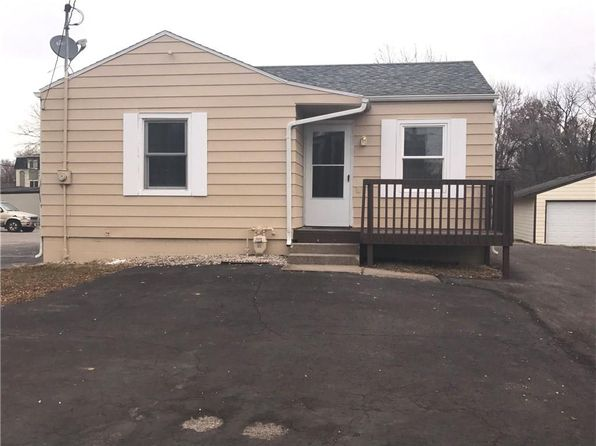 2 bed 1 bath Single Family at 3705 57th St Des Moines, IA, 50310 is for sale at 105k - 1 of 7