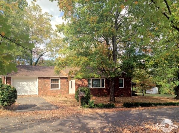 3 bed 2 bath Single Family at 900 Tennessee Ave Athens, TN, 37303 is for sale at 138k - 1 of 28