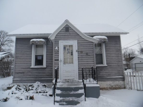 2 bed 1 bath Single Family at 1212 6th Ave S Escanaba, MI, 49829 is for sale at 32k - 1 of 12