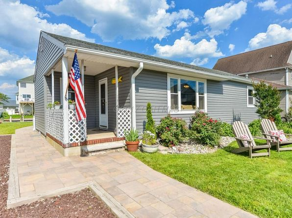 3 bed 2 bath Single Family at 10416 BRIGHTON RD OCEAN CITY, MD, 21842 is for sale at 340k - 1 of 41