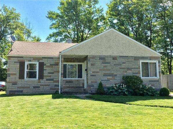 3 bed 1 bath Single Family at 215 S Bon Air Ave Youngstown, OH, 44509 is for sale at 40k - 1 of 11