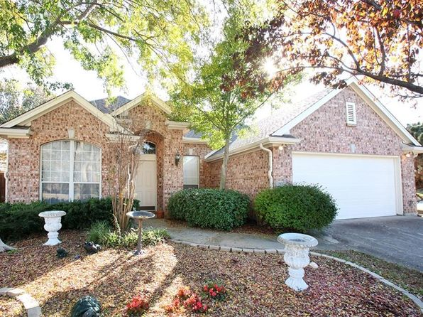 3 bed 2 bath Single Family at 1700 Bradford Ct Corinth, TX, 76210 is for sale at 250k - 1 of 26