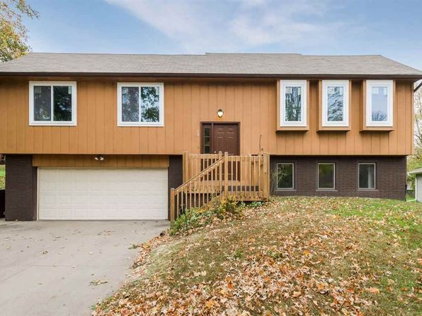 4 bed 3 bath Single Family at 12 Denbigh Dr Iowa City, IA, 52246 is for sale at 260k - 1 of 20