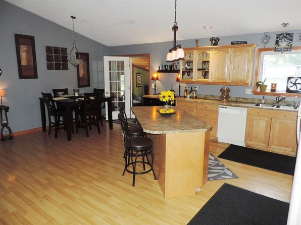 3 bed 2 bath Single Family at 53 Farbers Mill Rd Coventry, VT, 05825 is for sale at 190k - 1 of 25