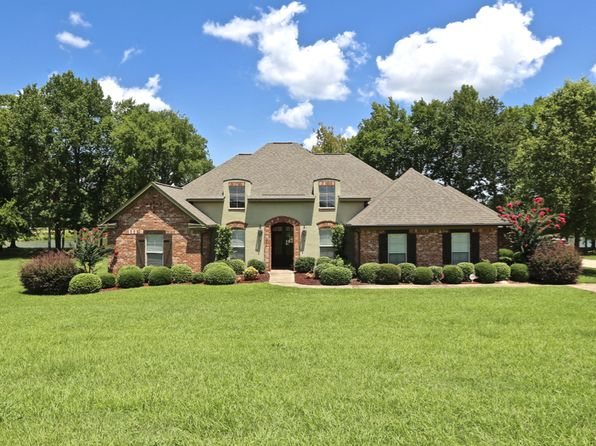 4 bed 3 bath Single Family at 962 Gluckstadt Rd Madison, MS, 39110 is for sale at 385k - 1 of 43