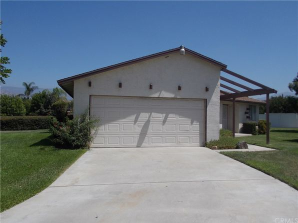 3 bed 2 bath Single Family at 1058 Occidental Cir Redlands, CA, 92374 is for sale at 283k - 1 of 15