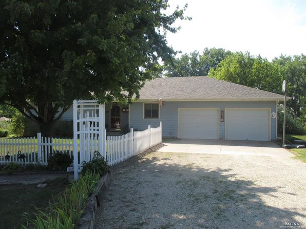 3 bed 3 bath Single Family at 4821 N Amos Rd Solomon, KS, 67480 is for sale at 230k - 1 of 49