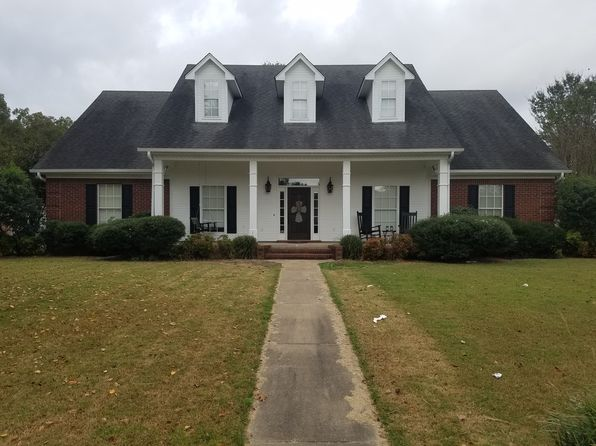 3 bed 2 bath Single Family at 2459 Pryor St Grenada, MS, 38901 is for sale at 239k - 1 of 7