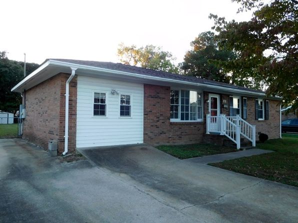 3 bed 2 bath Single Family at 1315 Pruden St Roanoke Rapids, NC, 27870 is for sale at 95k - 1 of 22