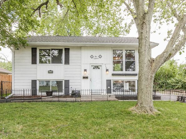 4 bed 2 bath Single Family at 518 E Tulip Dr Glenwood, IL, 60425 is for sale at 115k - 1 of 42