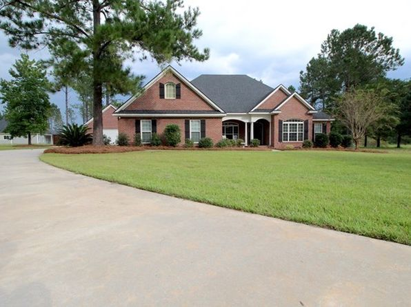 4 bed 3 bath Single Family at 7352 Twisted Oak Cir Hahira, GA, 31632 is for sale at 290k - 1 of 34
