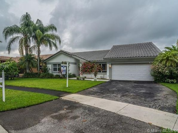 3 bed 2 bath Single Family at 515 NW 106th Ave Plantation, FL, 33324 is for sale at 415k - 1 of 31
