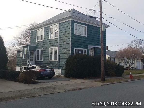 3 bed 2 bath Multi Family at 31 LAFAYETTE ST NEW BEDFORD, MA, 02745 is for sale at 160k - 1 of 4