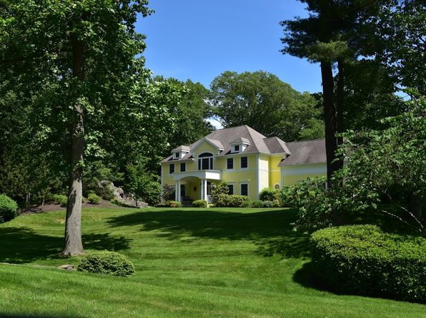 4 bed 4 bath Single Family at 132 Hardscrabble Lake Dr Chappaqua, NY, 10514 is for sale at 1.45m - 1 of 49