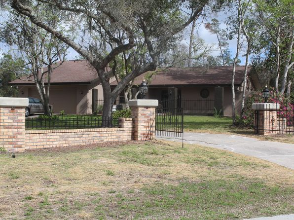3 bed 2 bath Single Family at 7307 Jomel Dr Weeki Wachee, FL, 34607 is for sale at 229k - 1 of 5