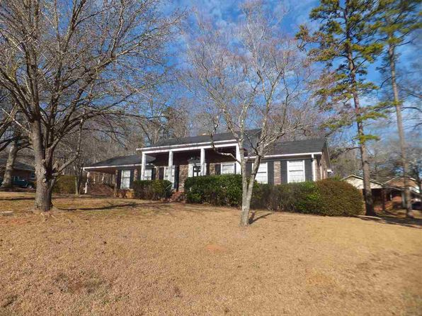 3 bed 2 bath Single Family at 100 Carter St Union, SC, 29379 is for sale at 120k - 1 of 23