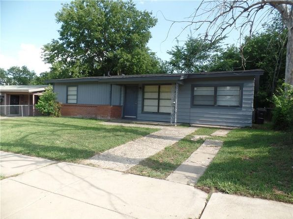 3 bed 1 bath Single Family at 4412 Carol Ave Fort Worth, TX, 76105 is for sale at 90k - 1 of 13
