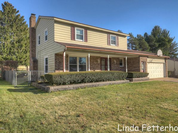 4 bed 2 bath Single Family at 4928 Newcastle Dr SE Kentwood, MI, 49508 is for sale at 195k - 1 of 23