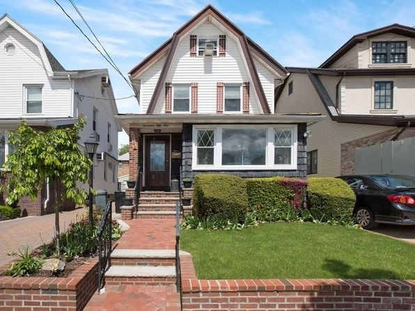 5 bed 3 bath Single Family at 1759 Marine Pkwy Brooklyn, NY, 11234 is for sale at 1.10m - 1 of 16