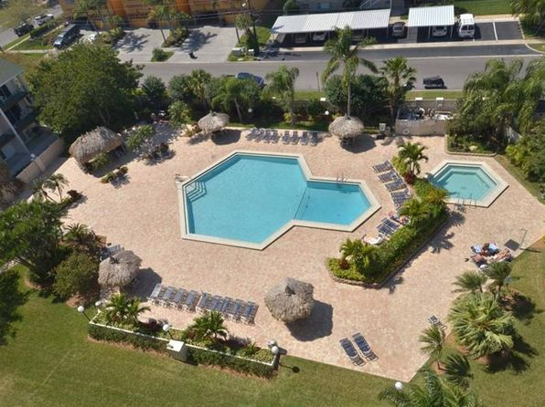 2 bed 2 bath Condo at 400 Island Way Clearwater Beach, FL, 33767 is for sale at 288k - 1 of 22