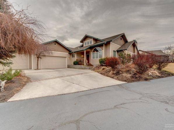 3 bed 2.5 bath Single Family at 61164 CAMDEN PL BEND, OR, 97702 is for sale at 548k - 1 of 25