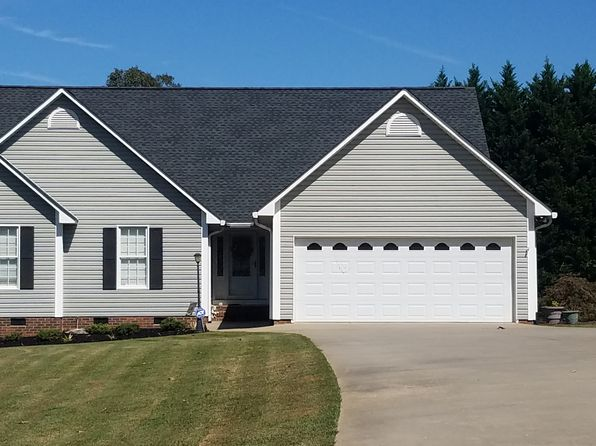 3 bed 2 bath Single Family at 206 WINDBROOK LN BOILING SPRINGS, SC, 29316 is for sale at 190k - 1 of 18