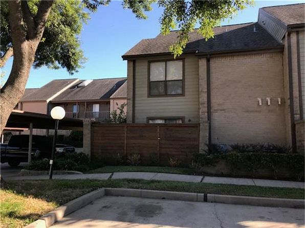 1 bed 1 bath Townhouse at 8443 Sands Point Dr Houston, TX, 77036 is for sale at 68k - 1 of 19
