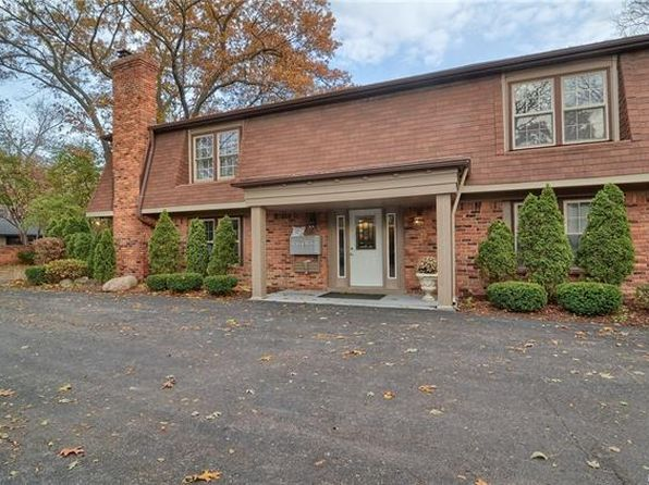 2 bed 2 bath Condo at 6350 Telegraph Rd Bloomfield Hills, MI, 48301 is for sale at 200k - 1 of 24