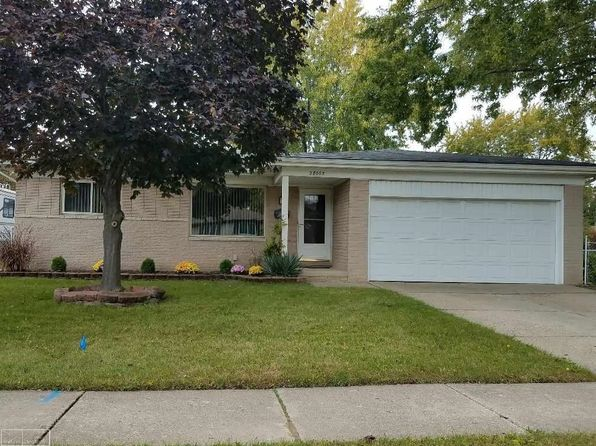 3 bed 2 bath Single Family at 28065 ACADEMY ST ROSEVILLE, MI, 48066 is for sale at 130k - 1 of 37
