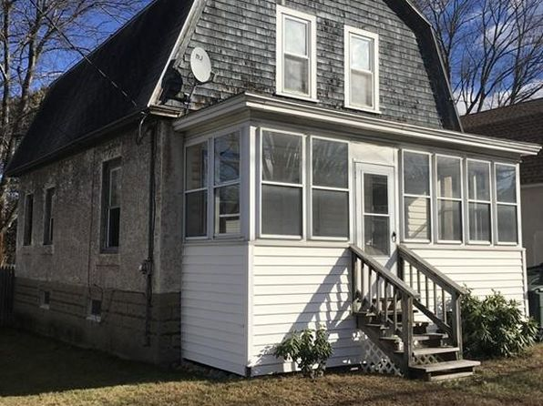 2 bed 1 bath Single Family at 149 N MAIN ST LEOMINSTER, MA, 01453 is for sale at 190k - 1 of 23