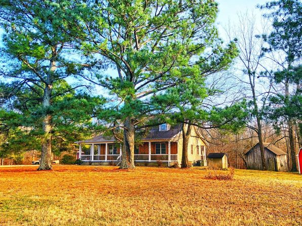 3 bed 3 bath Single Family at 1421 Pea Ridge Rd Manchester, TN, 37355 is for sale at 330k - 1 of 30