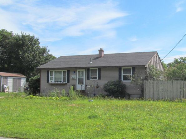 3 bed 1 bath Single Family at 41 Heritage Cir Falmouth, MA, 02540 is for sale at 210k - 1 of 2
