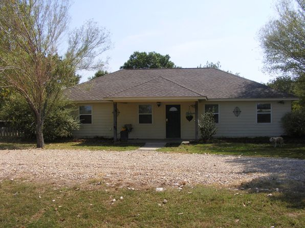 3 bed 2 bath Single Family at 764 Cr Sulphur Springs, TX, 75482 is for sale at 238k - 1 of 29