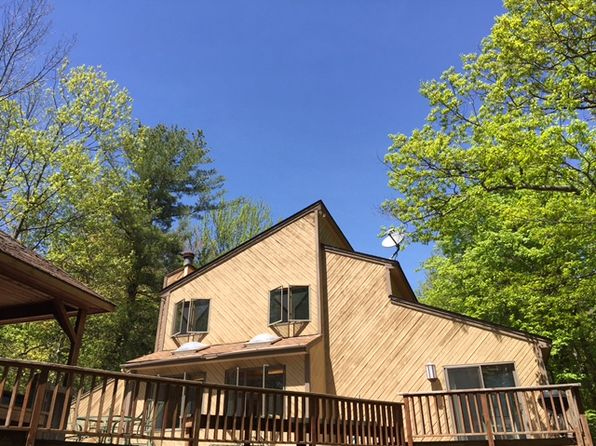 3 bed 2 bath Single Family at 13 HUCKLEBERRY LN WINDHAM, NY, 12496 is for sale at 299k - 1 of 8