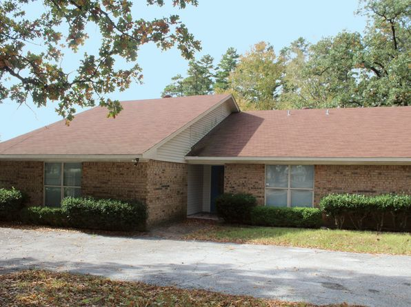 5 bed 3 bath Single Family at 1313 E LAKE DR GLADEWATER, TX, 75647 is for sale at 189k - 1 of 25