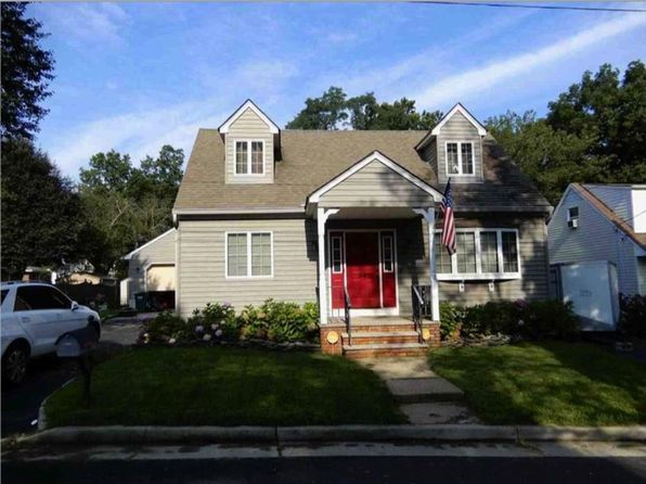 4 bed 2 bath Single Family at 24 Lehigh Ave Piscataway, NJ, 08854 is for sale at 355k - 1 of 24