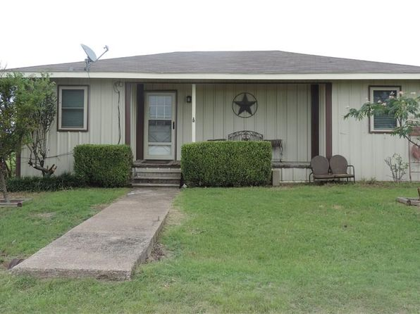 3 bed 1 bath Single Family at 1110 Apple Ct Midlothian, TX, 76065 is for sale at 239k - 1 of 17